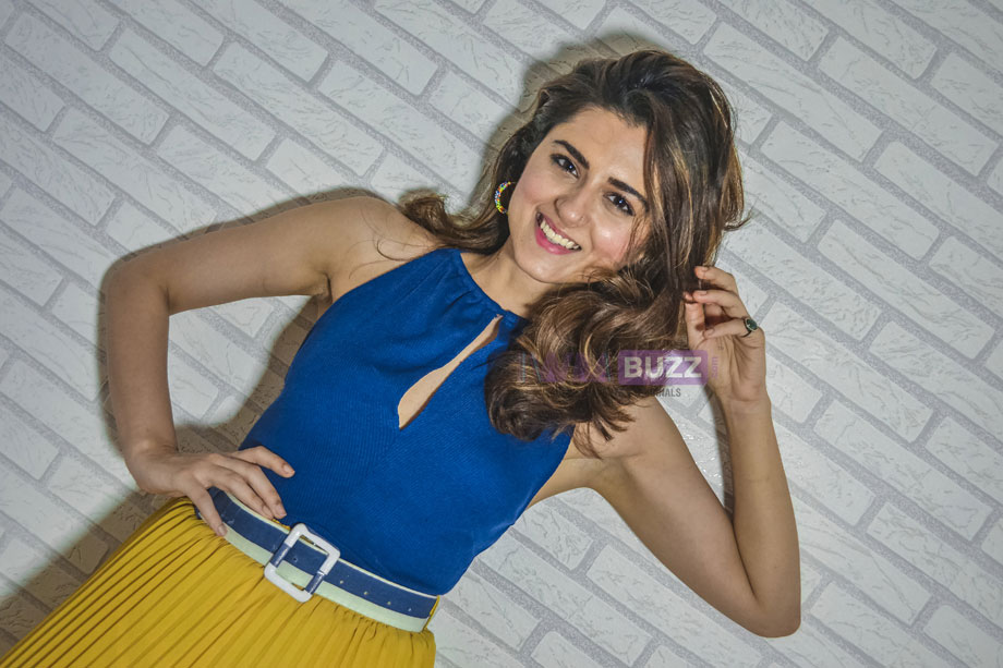 Ridhi Dogra poses after a fun LIVE chat with IWMBuzz 5