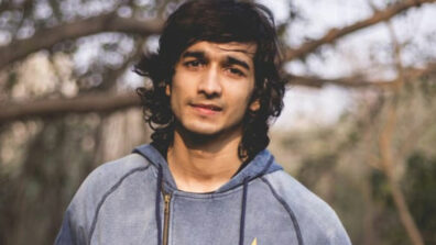 Shantanu Maheshwari tries smoking for the first time for Medically Yours