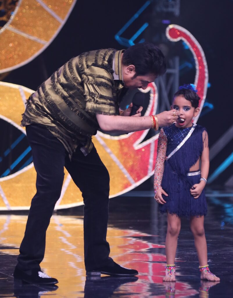 Super Dancer Chapter 3: Mother's Day special episode with Kumar Sanu 6