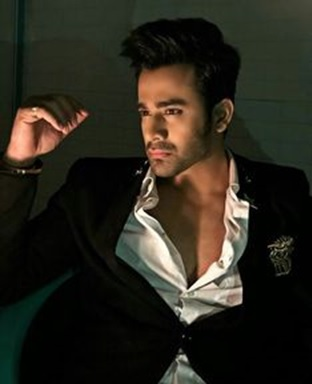 The best stylish moments of Naagin 3 star Pearl V Puri 1
