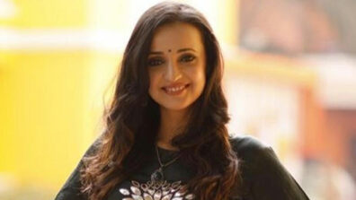A die-hard Sanaya Irani fan? Take this test 2