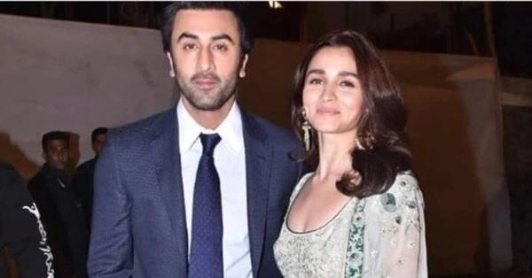 Alia Bhatt and Ranbir Kapoor's love story will melt your heart 1