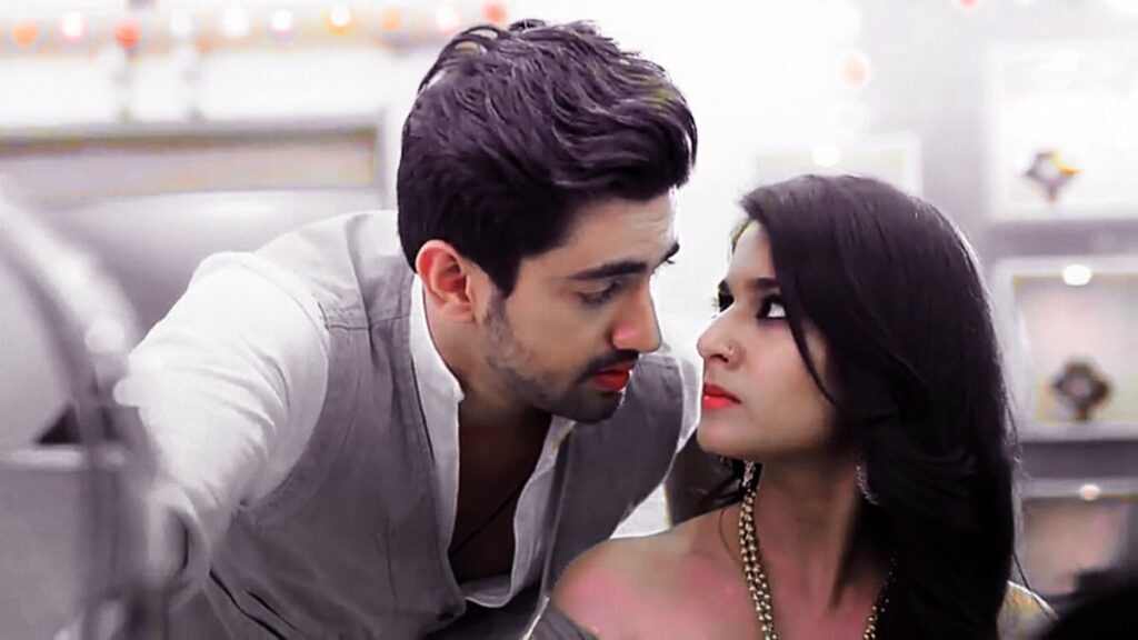 Avni and Neil's romantic moments from Naamkarann 6