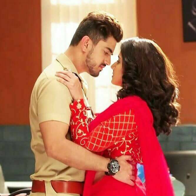 Avni and Neil's romantic moments from Naamkarann 7