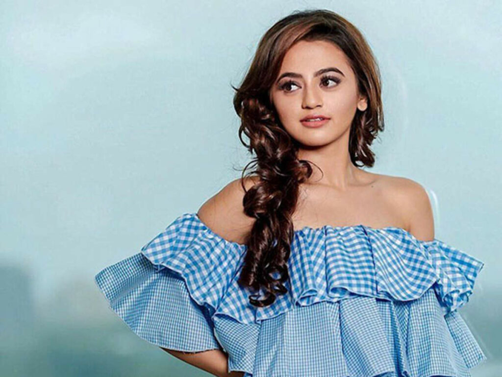 Helly Shah's adorable pictures! 2