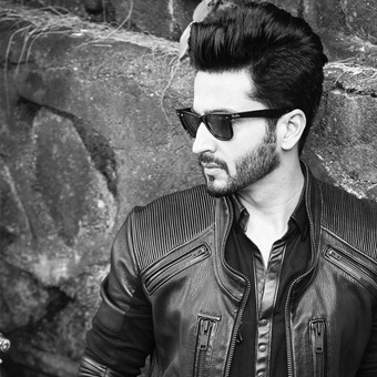 Hottest moments of Dheeraj Dhoopar because why not 1