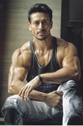 Hottest moments of Tiger Shroff because why not 2