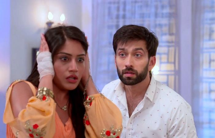Ishqbaaaz: Shivaay and Anika's khidkitod love story 3