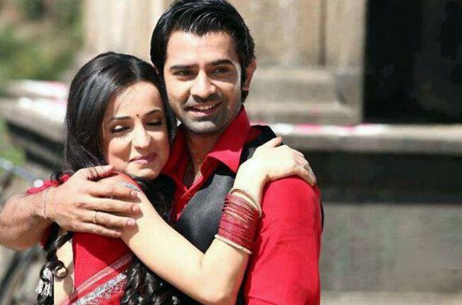 Iss Pyaar Ko Kya Naam Doon: Arnav and Khushi, the redefined love story 5