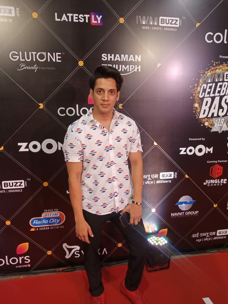 Karan Patel, Erica Fernandes, Zain Imam, Shivangi Joshi and more grace the red carpet of IWMBuzz Party 22