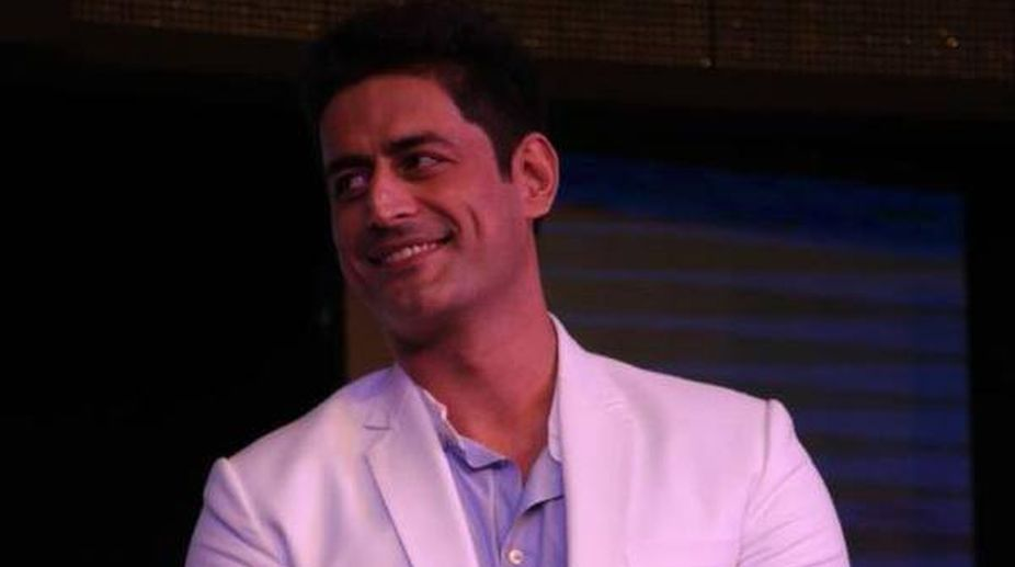 Mohit Raina's rugged look is what girls go crazy for 1