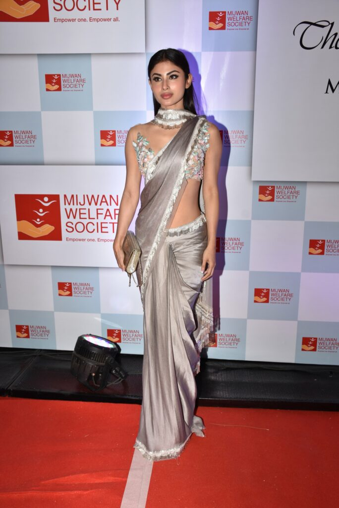 Mouni Roy: The queen of hearts 3