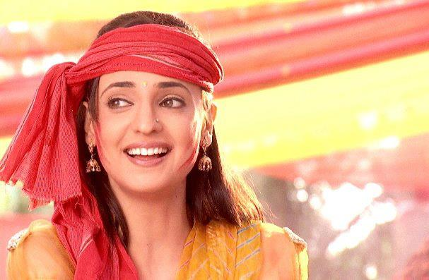 Sanaya Irani: The smiling charming beauty 4