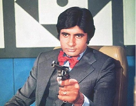 What makes Amitabh Bachchan a legendary star? 1