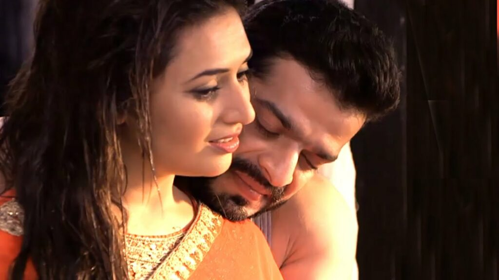 Yeh Hai Mohabbatein: Ishita and Raman's romantic moments 7