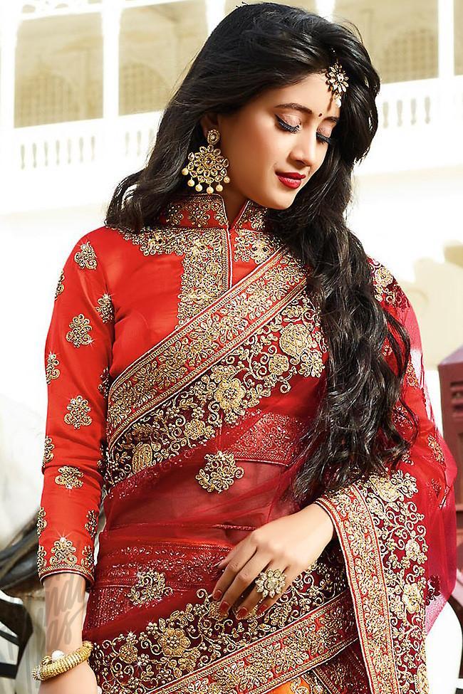 Yeh Rishta Kya Kehlata Hai: Shivangi Joshi's red hot looks 6