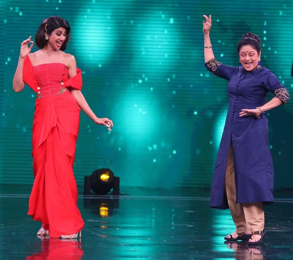 Zeenat Aman, Aruna Irani, Bindu on Super Dancer Chapter 3 4