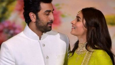 Candid love: Alia Bhatt and Ranbir Kapoor