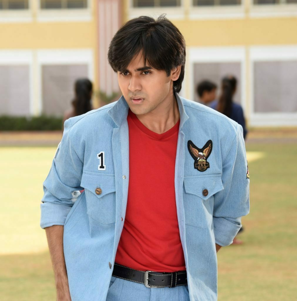 Cute and charming: Randeep Rai 2