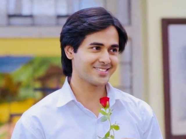 Cute and charming: Randeep Rai 4