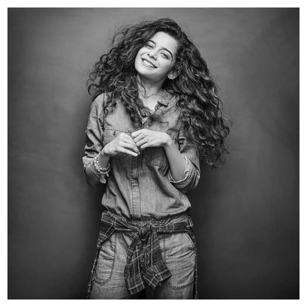 Her smile kills, Mithila Palkar is charming 5