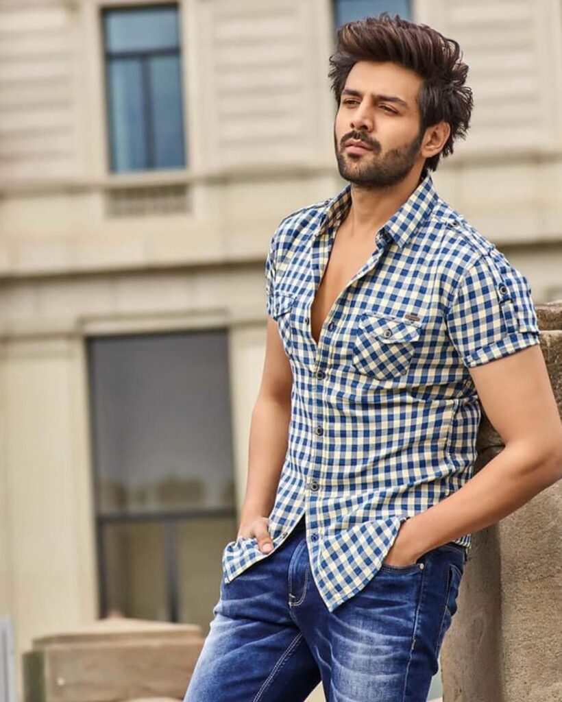 Kartik Aryan and his style quotient | IWMBuzz