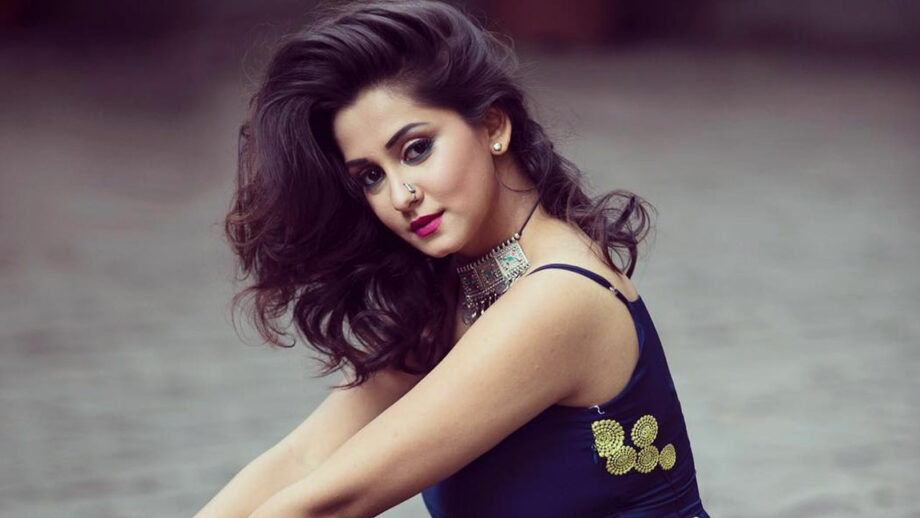 It is risky for an actor to come in as a replacement and make a place in the viewer's heart: Srishti Jain