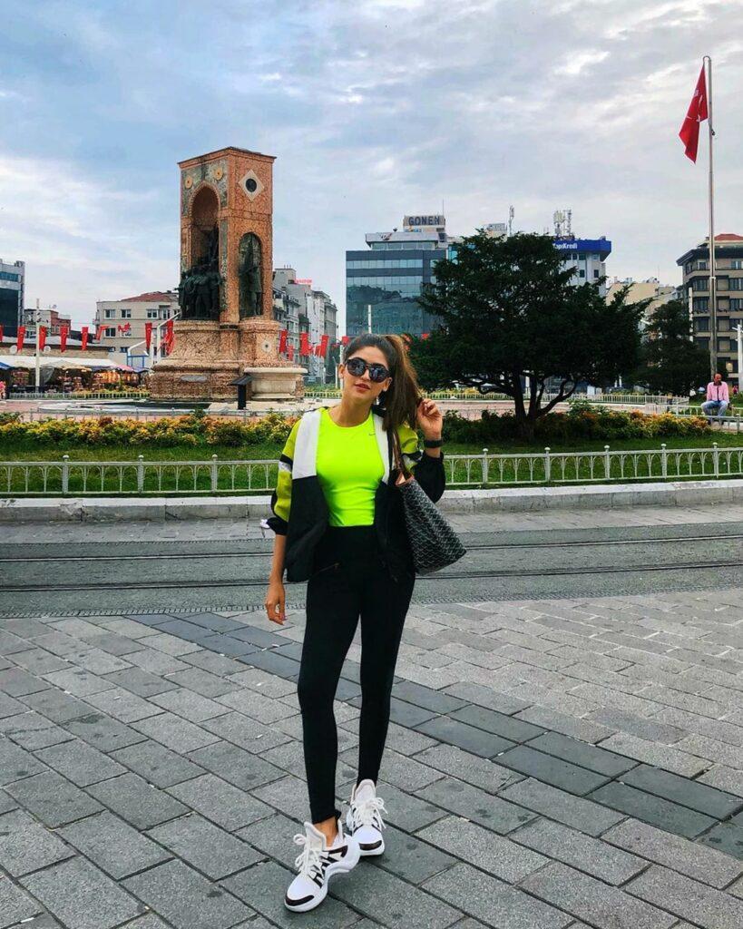Let's travel with Krystle D'Souza 5