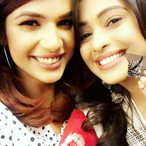 On-screen enemies off-screen friends: Rhea and Prachi's happy bond 4