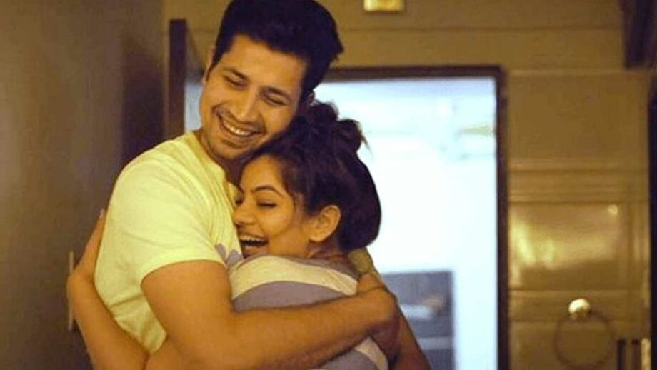 Permanent Roommates: Mikesh and Tanu's cute love moments