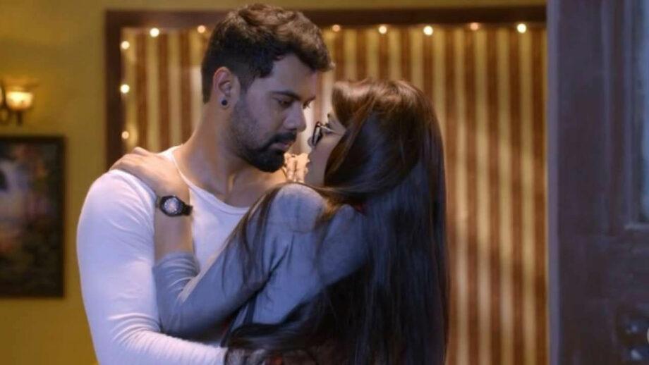 [Photo] Pragya and Abhi: The magical TV couple