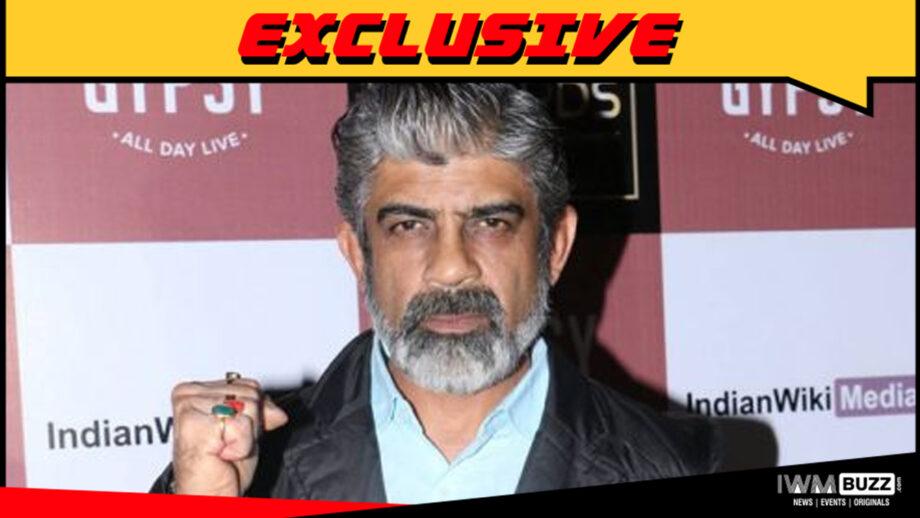 Rituraj Singh in ZEE5 series Bombers