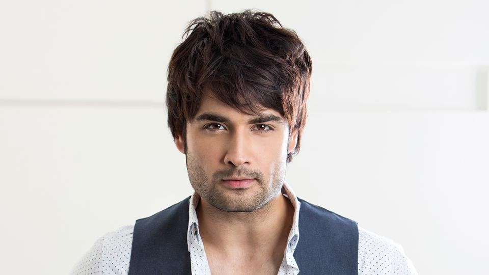 VIVIAN DSENA looks hotter than ever and we are here for it 4