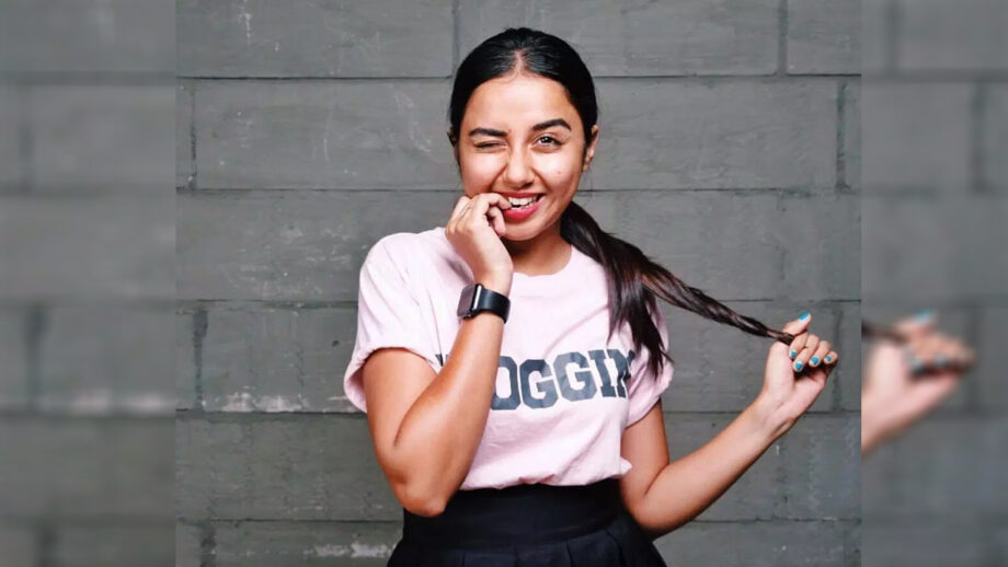 What makes MostlySane aka Prajakta Koli so popular?