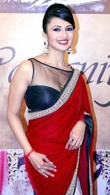 When Divyanka Tripathi redefined sexy in a saree 1