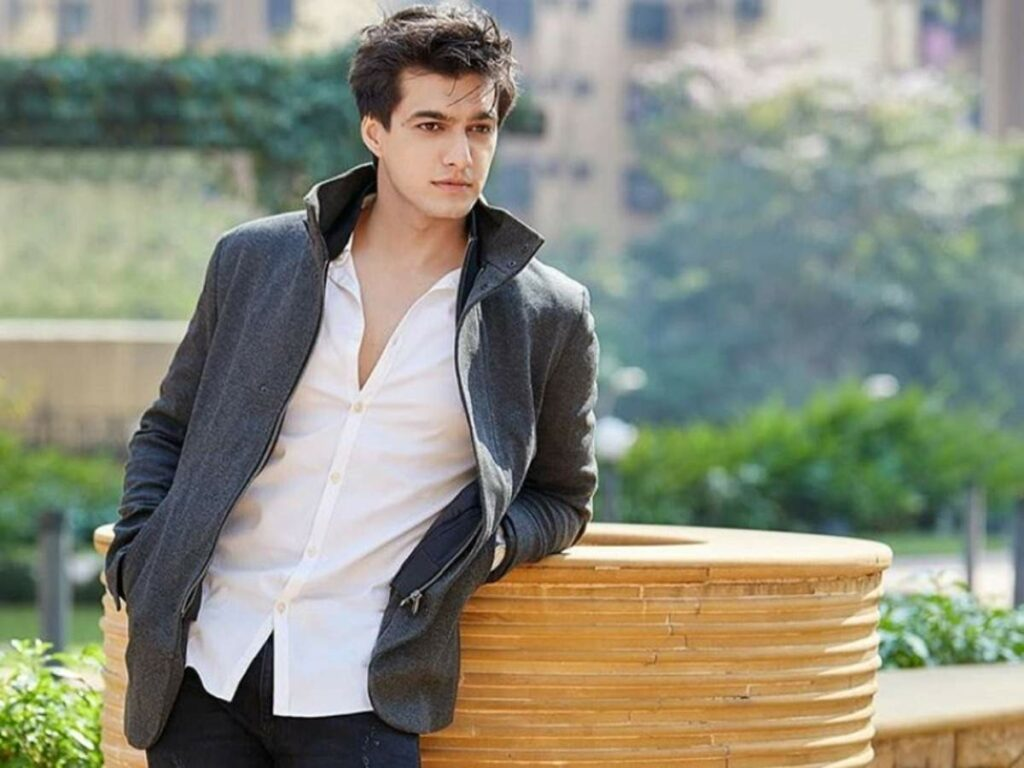 Yeh Rishta Kya Kehlata Hai: Mohsin Khan looks dashing in Black 2