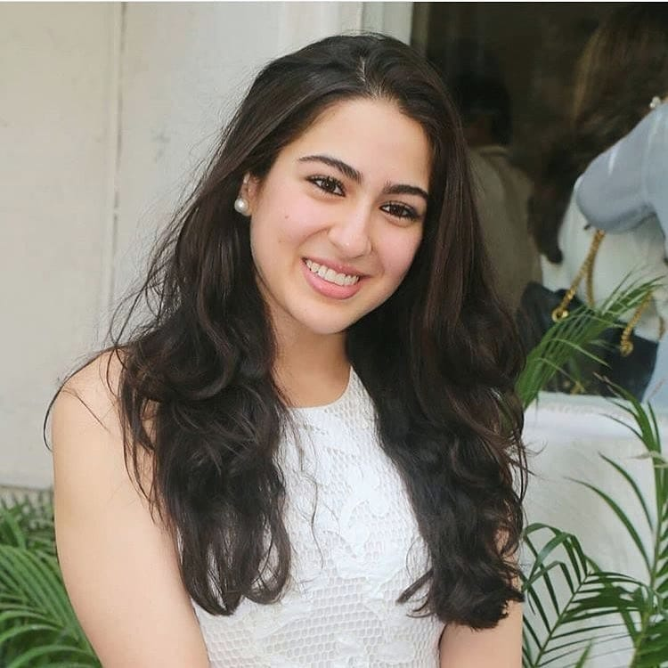 You can't miss Sara Ali Khan's beauty evolution 4