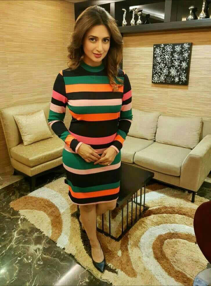 Divyanka Tripathi Fashion Game : Yay or Nay? 2