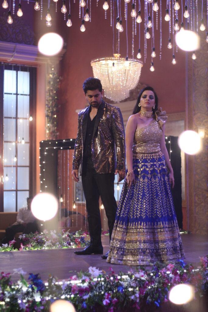 Ek Bhram Sarvagun Sampanna: Kabir and Pooja's sizzling dance 4
