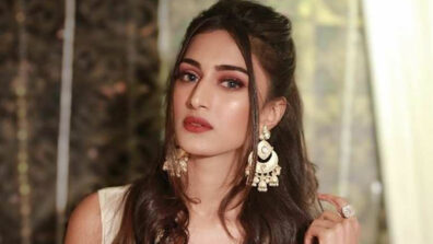 Erica Fernandes completes 1 million subscribers on YouTube