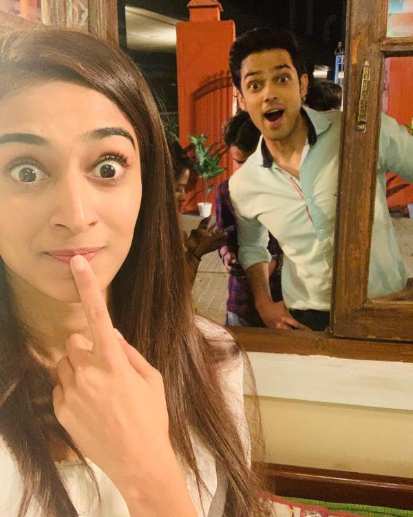 Fun moments of Parth Samthaan & Erica Fernandes behind the scenes 1