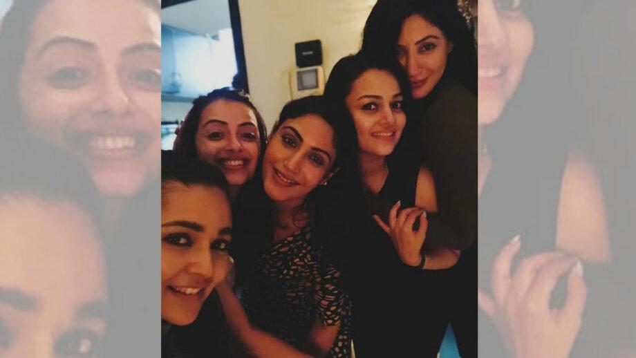 Ishqbaaaz girls Surbhi Chandna, Shrenu Parikh, Mansi Srivastava, Nehalaxmi Iyer, Reyhna Malhotra party hard