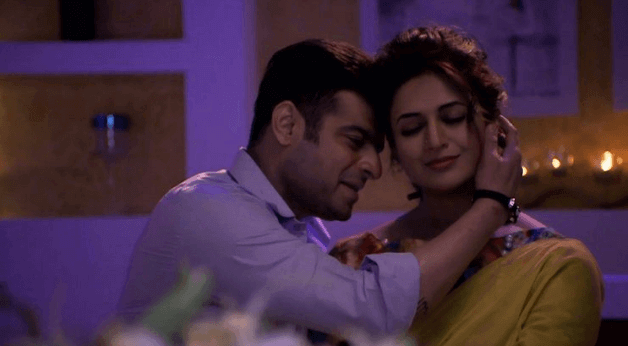 Missing Yeh Hai Mohabbatein couple Raman-Ishita's romantic moments? Check out their cute pictures 7