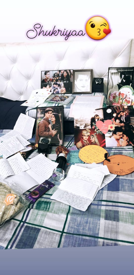 Mohsin Khan showered with fan love and gifts 1