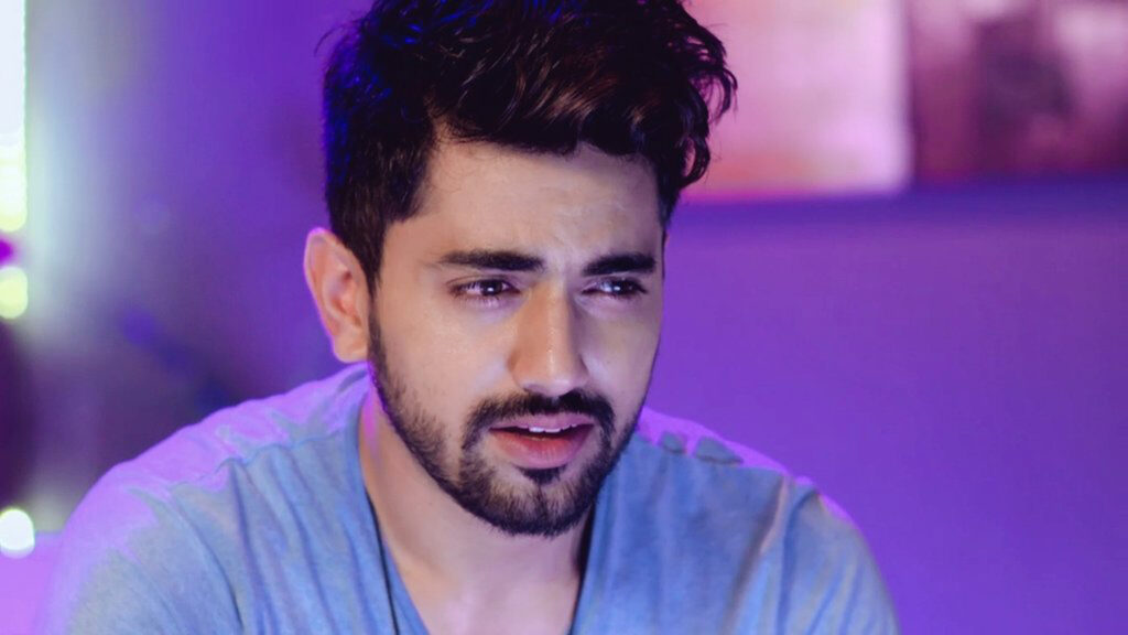 Our favorite TV superstar Zain Imam style game is always on point 4