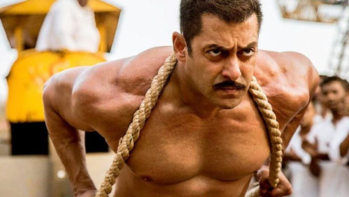 Salman Khan's shirtless pictures and washboard abs will motivate you to hit the gym 1
