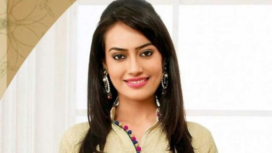 Surbhi Jyoti hits 4 million followers on Instagram 2