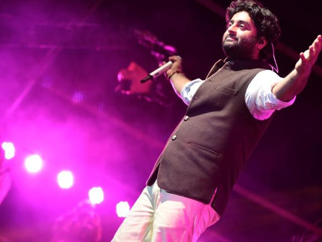 What makes Arijit Singh so popular with the masses? 2