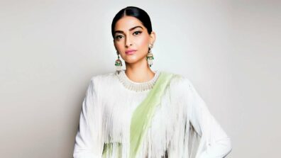 When these pictures of Sonam Kapoor took our breath away with these pictures 4
