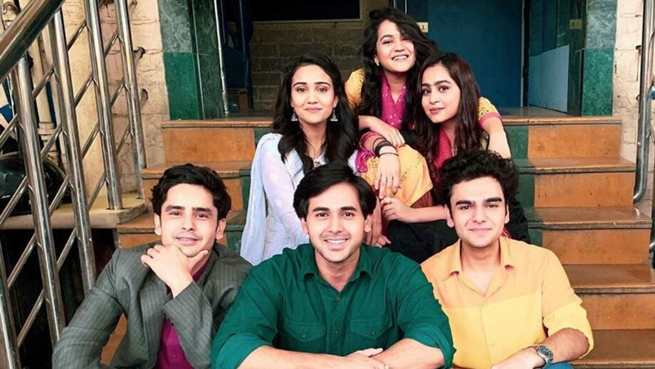 Yeh Un Dinon Ki Baat Hai: Naina, Sameer, Munna, Pandit, Preeti and Swati unite for the last time
